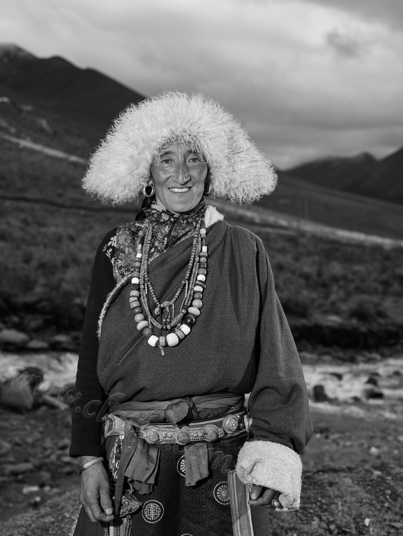 藏族大妈 金川 2017