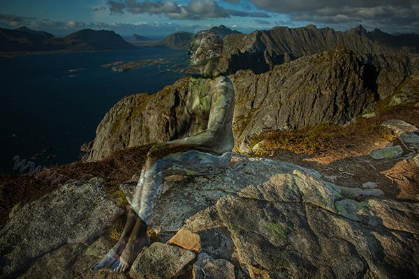 Lofoten_MountainWomen