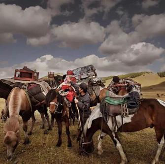 名作赏析   马背上的民族
