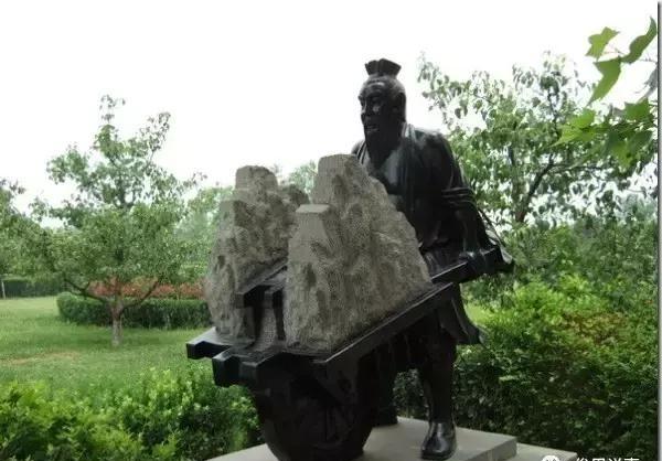 李春是隋朝一位普通工匠,安济桥(又称赵州桥)的设计监造者
